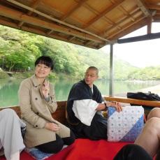 Tour director Akane Shinohara and Buddhist monk Mr. Obayashi led us to the temple.