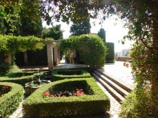 Beautiful small gardens dot the Alcazaba, but it can't compare to the Alcazar in Sevilla.