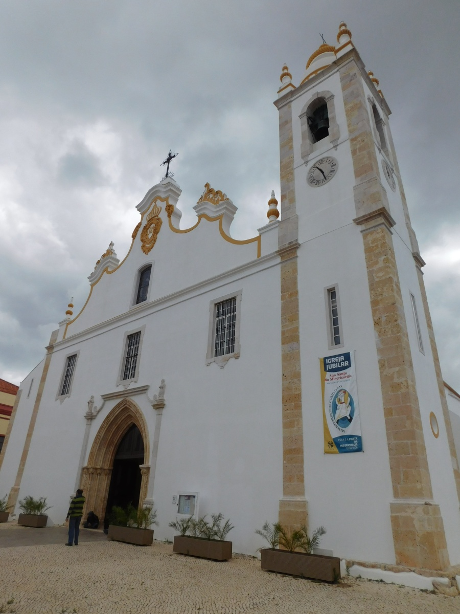 The church in Portimao is similar to many colonial-style churches in Brazilian towns.