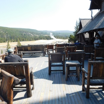 From the terrace bar one can watch eruptions of Old Faithful.