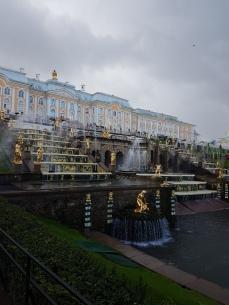 The impressive facade of Peterhof.