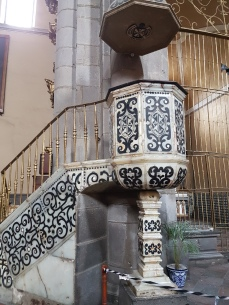 The beautiful 17th century tile pulpit.