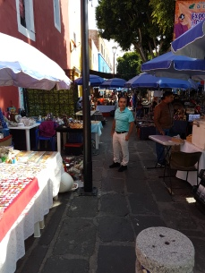 The Callejón de los Sapos (Frog's Alley) is the site of .the Sunday flea market