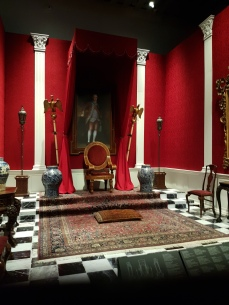The elite palaces kept special rooms in hopes of a visit by the Viceroy.