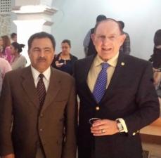 The author with Cuernavaca Mayor Jorge Morales Barud after being honored by Identidad Morelos, Feb. 2015.