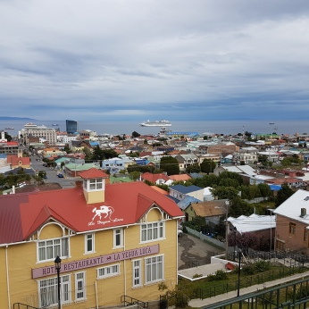 A nice view of Punta Arenas and its harbor from the Cerro de la Cruz overlook.